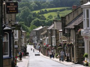 pateley-bridge-high-street-2008-credit-janina-holubecki